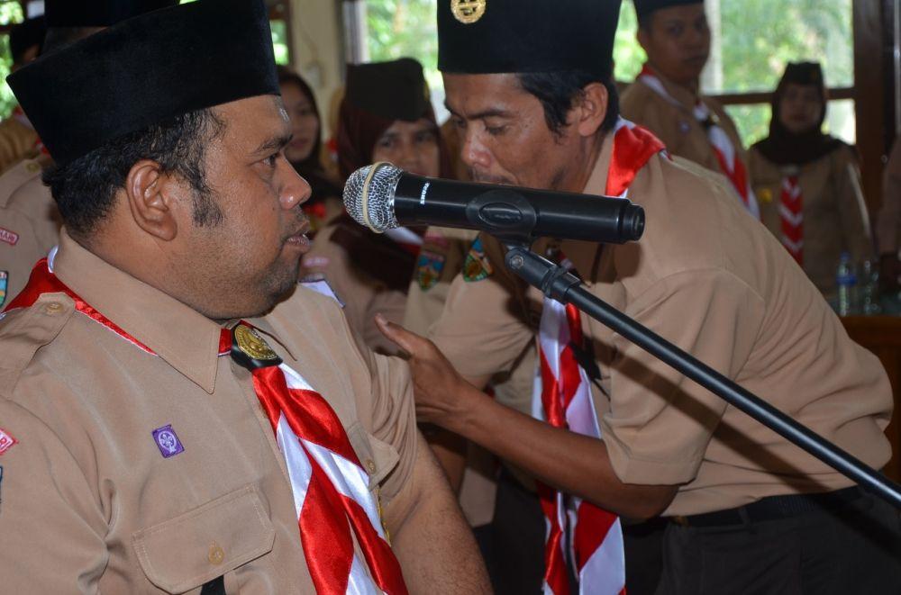 Amir Hamzah Resmi Jabat Ketua Satgas Pramuka Peduli Kwarcab Batanghari