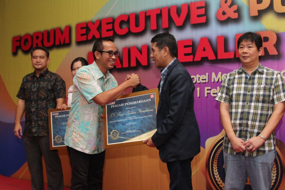 SinSen Raih Penghargaan Public Relation Se-Indonesiar