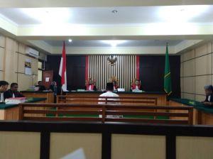 Divonis 2,5 Tahun, Hendri Sastra Banding