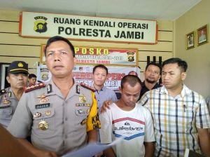 Tusuk Rekan, Syurkri Dibekuk Polisi