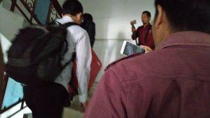 Tiba di Polda Jambi, KPK Langsung Naik ke Lantai II