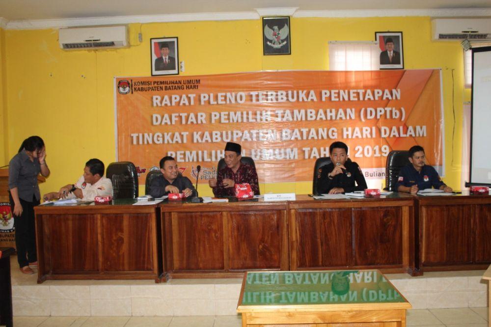 KPU Batanghari Gelar Pleno DPTb Pemilu 2019