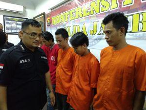 Polisi Sita 2.270 Butir Esktasi