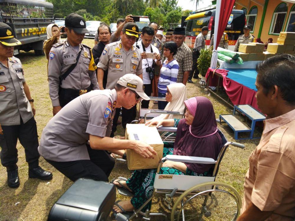 Kakorbinmas Polri  Bhakti Sosial Satgas Nusantara di Paal Merah