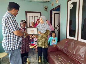 Pemkot Jambi Serahkan Piagam Penghargaan untuk Sumantry