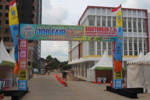 Hari Ini Ribuan Loker Dibuka di Job Fair    Dibuka