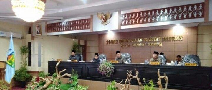 DPRD Sungai Penuh Setujui Ranperda pelaksanaan APBD Kota Sungai Penuh tahun 2018 Dibahas
