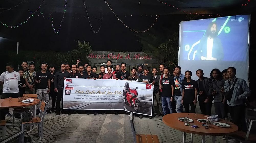 Eratkan Tali Persaudaraan, Sinsen Gelar CBR Hub Cafe & Joy Ride bersama Komunitas Motor Sport Honda
