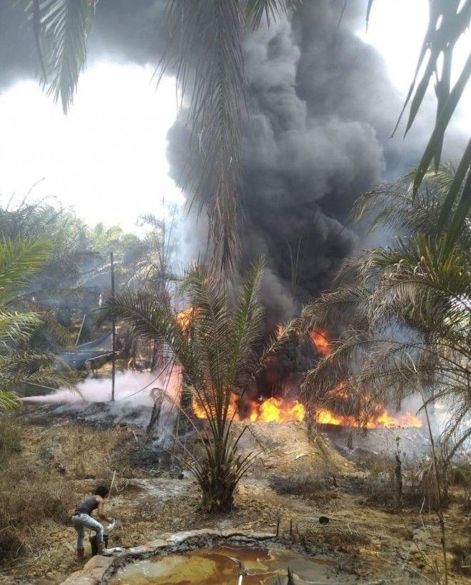 Lagi Dua Sumur Minyak Ilegal Terbakar Lingkungan Makin Tercemar,  Pemda dan Polisi Diminta Segera  B