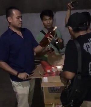 Bea Cukai Jambi Gerebek Gudang Miras Berkelas dan Rokok Ilegal di Tiga Lokasi