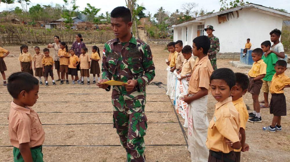 Sambut Hari Pahlawan Satgas Yonif Raider 142/KJ Meriahkan Dengan Berbagai Perlombaan