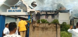 Kebakaran di Belakang Polda Tak Cuman Rumah, Masjidpun Ikut Terbakar