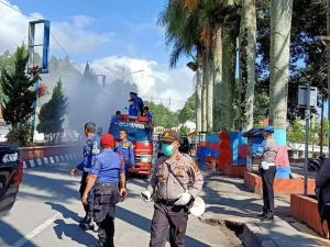 Antisipasi Penyebaran Virus Corona, Pemkot Sungai Penuh Lakukan Penyemprotan Disinfektan