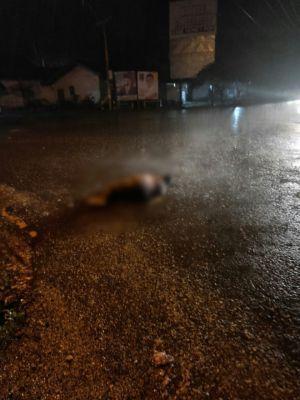 Mayat Tergeletak di Jalan, Warga Sebut Dibuang oleh Dua Pengendara Motor