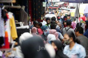 Waspada! Lonjakan Kasus Positif Virus Corona di Indonesia