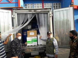 Bantuan Hand Sanitizer dan Alat Tes Covid-19 dari Singapura Tiba di Kota Jambi