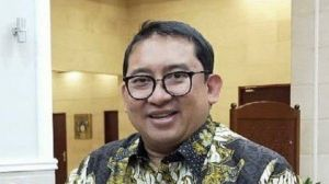 Heboh Lelang Sepeda Motor Listrik Bertanda Tangan Jokowi, Begini Reaksi Fadli Zon
