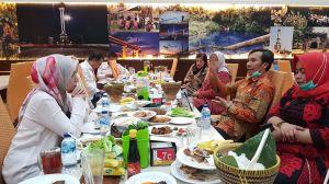 Jelang Pengumuman Dukungan PDIP, Ratu Munawaroh Gelar Pertemuan dengan Edi Purwanto