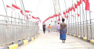 Komunitas Pemuda Jambi Kibarkan Seribu Bendera di Gentala Arasy