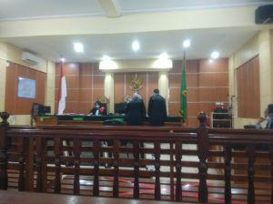 Efda Yani Sampaikan Pembelaan di Depan Hakim