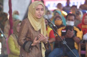 Ratu Munawaroh Doakan Kesembuhan Walikota Fasha