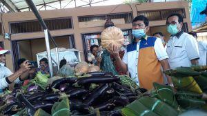 Blusukan ke Pasar PU, Cawagub Syafril Nursal Dengarkan Curhatan Pedagang