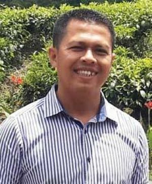 Desy Sebut CE Tampil Paling Maksimal di Debat Perdana