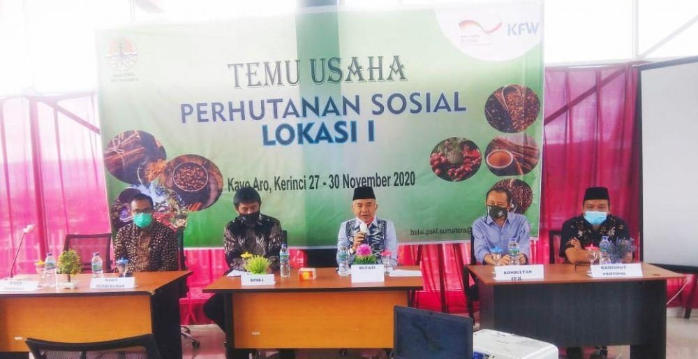 Bupati Adirozal Buka Temu Usaha Perhutanan Sosial yang Digelar BPSKL Wilayah Sumatra