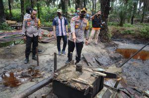 Polisi-TNI Grebek Areal Illegal Drilling di Bahar Selatan, 47 Sumur Minyak Ilegal Ditutup