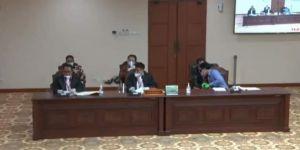 Sidang di MK, CE-Ratu Minta PSU di 5 Kabupaten