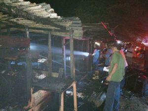 Api Hanguskan Empat Kios di Rimbo Bujang