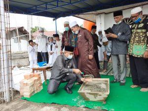 Maulana Letakkan Batu Pertama Pembangunan Masjid Al-Kautsar