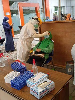 Siapkan Belajar Tatap Muka, 4.000 Tenaga Pendidik di Test Swab PCR