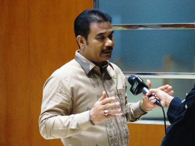 Anggota Komisi IX DPR RI Dapil Jambi Sutan Adil Hendra (SAH) .