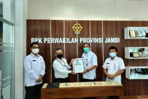Wakili Bupati Kerinci, Pj Sekda Serahkan LKD ke BPK RI Perwakilan Jambi