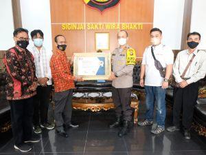 Kapolda Jambi Irjen Pol A Rachmad Wibowo Terima PWI Jambi Award 2021
