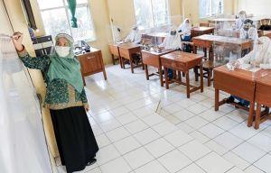 Guru Bahasa Daerah Diminta Masuk Dalam Skema PPPK