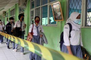 Penelitian Baru: Sekolah Bisa Buka Asal Jaga Jarak dan Pakai Masker