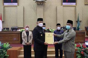 Dewan Gelar Paripurna Pandangan Umum Fraksi Terhadap LKPj Walikota Jambi 2020