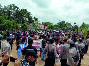 Giliran Warga Rantau Pandan Demo PT KBPC, Tuntut Perusahaan Angkat Kaki