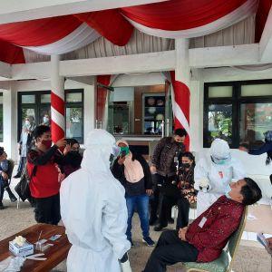 Seluruh OPD dan Anggota DPRD Kota Jambi Di-rapid Antigen