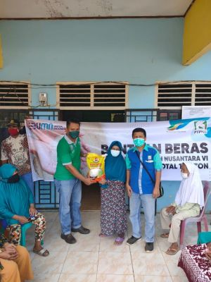 PTPN VI Salurkan 18,5 Ton Beras ke Masyarakat di Jambi dan Sumbar