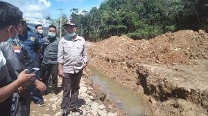 Perkuat Satgas Binter TNI AD, SKK Migas–SKK Sumbagsel Serahkan Kendaraan Operasional