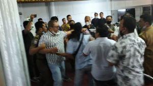 Rapat Bahas PETI Ricuh, Anggota DPRD Bungo dan Perwakilan Warga Nyaris Adu Jotos