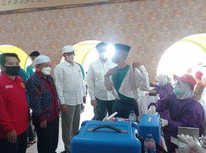 Binda Jambi Gelar Vaksinasi di Ponpes Al Hidayah